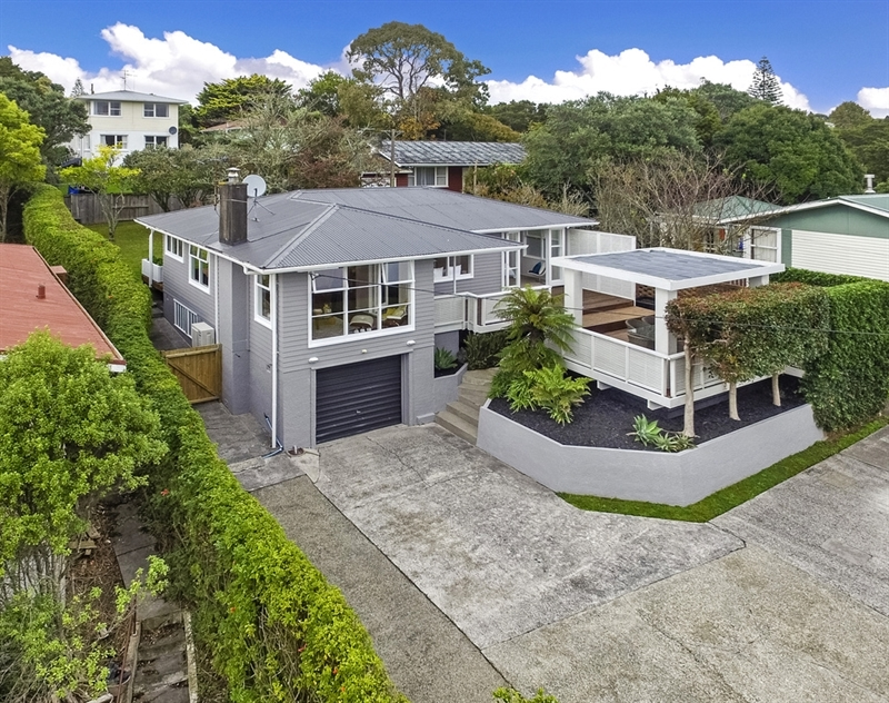 Something special owners have purchased mark prior for 3 kitchener road takapuna