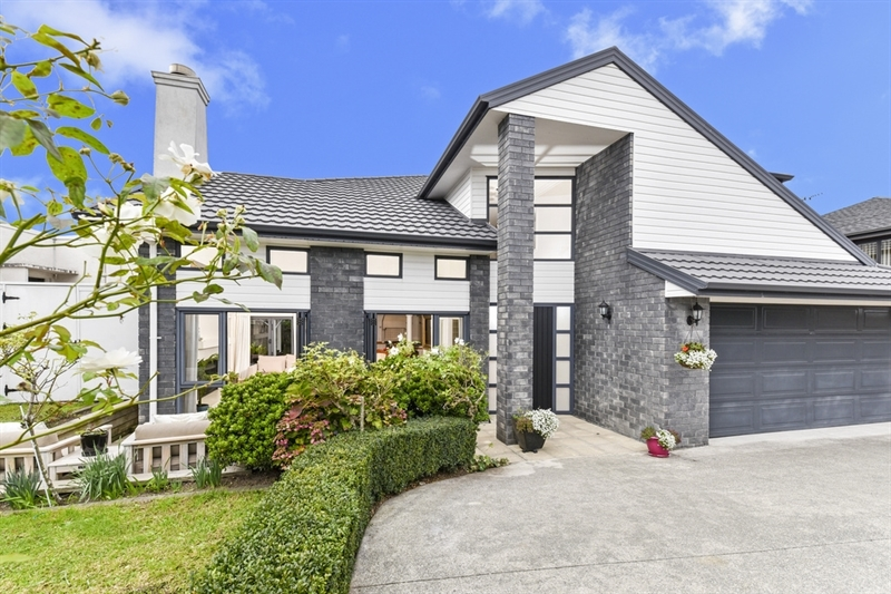 Owner committed elsewhere mark prior for 3 kitchener road takapuna