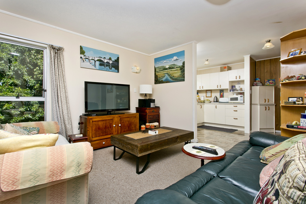Opportunity knocks vendor liquidates mark prior for 3 kitchener road takapuna